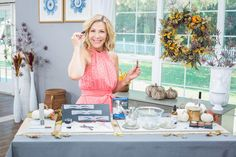 @kymdouglas shared how to get the best brow for your face shape! Eyebrow Serum, Eyebrow Beauty, Brow Gel, Eyebrow Growth, Diy Beauty, Beauty Hacks, Home Remedies Beauty, Brow Color, Bold Brows