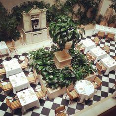 Der Speisesaal im Hotel Adlon http://instagram.com/p/MtDBpYtz-G/