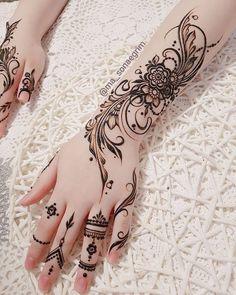 Pretty Henna Designs, Modern Henna Designs, Floral Henna Designs, Finger Henna Designs, Full Hand Mehndi Designs, Mehndi Designs Book, Mehndi Designs For Beginners, Mehndi Designs For Fingers, Latest Mehndi Designs