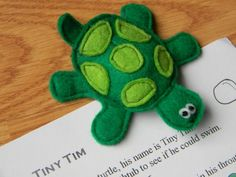 turtle finger puppet for egg page