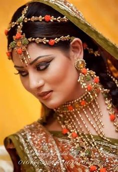 Origins can be traced from The Mughal Empire Mughal Jewelry, Mughal Empire, Bridal Jewellery, Indian Bridal, Origins, Renaissance, Wedding, Fashion, Valentines Day Weddings