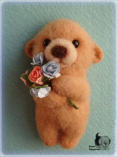 "JULIA BURKADOVA -- ""Magnet on the Fridge ($22) -- Created with dry felting. Handmade. Needle Felted Animals, Felt Animals, Bear Felt, Yarn Flowers, Needle Felting Tutorials, Fabric Yarn, Felt Brooch, Crochet Bear, Handmade Felt"