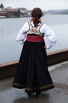 Beltestakk Folk Costume, Costumes, Traditional Outfits, Norway, Ethnic, High Waisted Skirt, Skirts, Clothing, Vintage