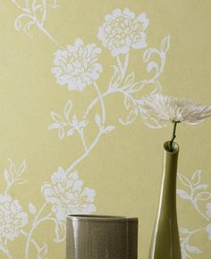 Summer:Green/Yellow Wallpaper