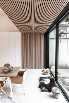 Interior inspiration for modern interior design in livingroom, bedroom, hallway and office. Wooden wall and ceiling decoration for house inspo. Interior Design Living Room, Modern Interior, Living Room Designs, Interior Architecture, Living Room Decor, Dining Room, Japanese Interior, Ceiling Design, Ceiling Decor