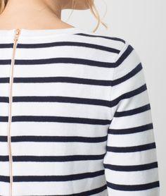 1.2.3 Paris - Les looks printemps-été 2017 - #Pull rayé #bleu marine Horizon 69€ #123paris #mode #fashion #shopping #ootd #stripes #rayures #mariniere #bretonshirt #blue #sweater #maille #knit #knitwear