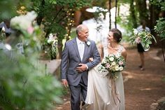 One Couple's Relaxed Cabin Wedding in the Mountains of Utah