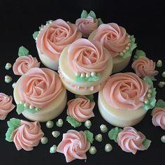 Happy Valentine's Day! My new soap✨ Мое новое мыло к Дню Святого Валентина✨✨#coldprocesssoap#handmadesoap#artisansoap#brambleon#мылоснуля#мамамыла#натуральноемыло