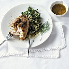Lemon dill-baked chicken with egg-and-spinach rice Spinach Rice, Spinach Leaves, Long Grain Brown Rice, Beans On Toast, Cooking Instructions, Baked Chicken, Portuguese, Cooking Time, Seafood Recipes