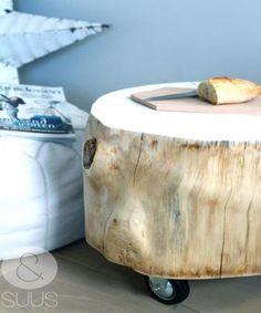 Table coffre avec roues par ensuus sur Etsy, €119.95