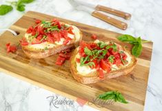 Discover recipes, home ideas, style inspiration and other ideas to try. Bruchetta, Bruschetta Recept, Tapas, Mozzerella, Go For It, Xmas Food, High Tea, Gnocchi, Food To Make