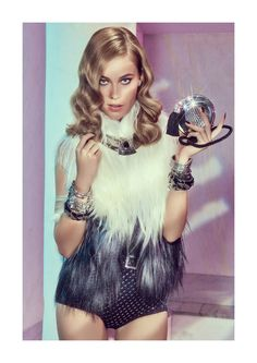 Barbara di Creddo stars in this sparkling editorial from the April 2012 issue of Elle Brazil