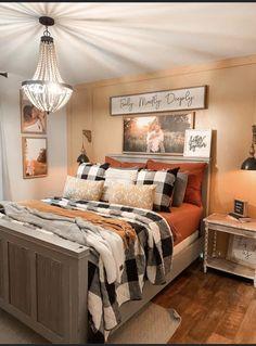 Western Bedroom Decor, Home Decor Bedroom, Western Rooms, Bedroom Ideas, Fall Home Decor, Autumn Home, Dog Home Decor, Fall Bedroom, Master Bedroom