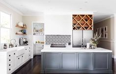 Kitchen renovation: Modern Shaker Same layout as Cobb will be. Shaker Style Kitchens, Home Kitchens, Coastal Kitchens, Luxury Kitchens, Modern Shaker Kitchen, Shaker Style Cabinets, Layout Design, Design Ideas, Design Trends