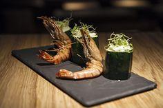 Gambas al ajillo (shrimps fried in olive oil with garlic)
