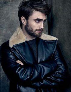 O_O holy hell he's gorgeous now.
