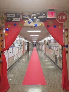 """Test Motivation """"Red Carpet"""" The Kids LOVED it! Teachers stood around and took pictures like the paparazzi. Would be neat down the grade hallway! Talent Show, Beginning Of School, First Day Of School, Staar Test, Pep Rally, Future Classroom, Classroom Ideas, Classroom Organization, Classroom Management"""