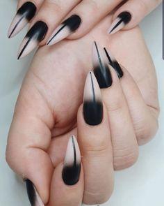 "Tsui auf Instagram: ""Neue Krallen 🖤 ich liebe sie 🖤 Love my new nails 🖤 #nails #nailsofig #instanails #byneosnails #blacknails #black #🖤 #altnails #alternative…"" Nails, Beauty, Instagram, Love, Finger Nails, Ongles, Beauty Illustration, Nail, Nail Manicure"