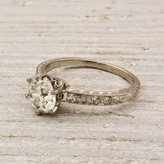 This website is like I've died and gone to heaven! Engagement rings mainly from the 1920s, they just scream Melissa!! melissajoy89