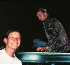 Layne Staley and a fan. Mike Starr, Jerry Cantrell, Mad Season, Layne Staley, Tortured Soul, Alice In Chains, Lost Soul, Rock Legends, Music Icon