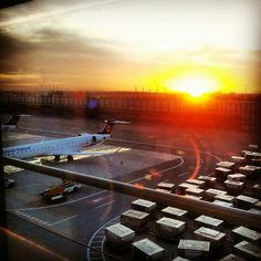 Sunset at Gate H38
