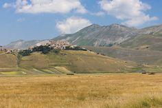 https://flic.kr/s/aHskfYpwpr | Umbria, Italy. Landscape and nature | Landscape, flower and nature