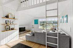 Miete Ferienhaus BL1791 in Klitfogedvej 1, Blokhus Danish Interior Design, Room, Furniture, Home Decor, Tall Ceilings, Sunroom Playroom, Ground Floor, Refurbishment, Cottage House