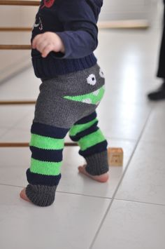 S tutorials. S unique creations? Kids Patterns, Baby Knitting Patterns, Love Crochet, Knit Crochet, Tunisian Crochet, Leg Warmers, Lana, Creations, Baby Boy