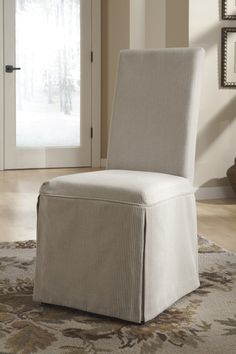 do you like the #slipcover look? #chic #vintage #casual #mhf