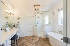 40 Perfect Coastal Half Bath Remodel Ideas 33 Best Flooring for A Beach House Sand and Sisal 6 Beach House Bathroom, Wood Bathroom, Beach House Decor, Bathroom Flooring, Small Bathroom, Master Bathroom, Bathroom Ideas, Bath Ideas, Natural Bathroom