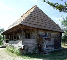 Constantin Brancusi 's house (Hobita- Romania ) Vernacular Architecture, Architecture Design, Stone Cabin, Viking House, Simply Home, Old Houses, Rustic Houses, Home Landscaping, Cottage Homes