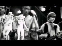The Foundations - Build me up buttercup (video/audio edited & restored) GQ HD lyrics - YouTube