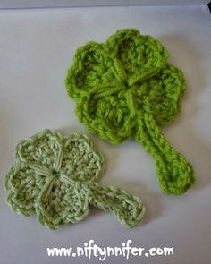 FREE Lucky Shamrock Four 4 Leaf Clover St. Patrick's Day Crochet Motif Pattern by Niftynnifer. FP 1/15. ༺✿ƬⱤღ✿༻