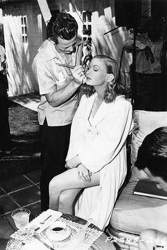 Veronica Lake on the set of Sullivan's Travels (1941)