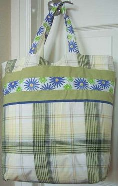 Easy Grocery Bag Shopping Tote From 2 Pillowcases #tutorial #diy
