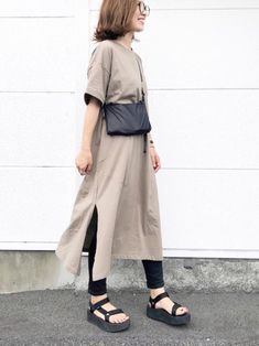 Cute Fashion, Modest Fashion, Fashion Looks, Fashion Outfits, Casual Outfits, Birkenstock Outfit, Normcore, Japanese Outfits, Japan Fashion