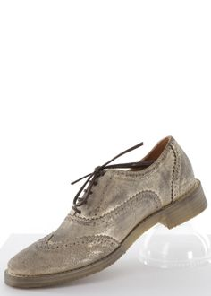 Brogues Schuhe Budapester gold: MR. WOLF, Italy #Brogues #Schuhe #Shoes #MrWolf Rock And Roll, Boho, Shoe Boots, Shoes, Brogues, Fashion, Moda, Shoes Outlet, Fashion Styles