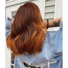 Orange Brown Hair, Golden Brown Hair Color, Long Brown Hair, Orange Ombre Hair, Light Copper Hair, Light Hair, Golden Copper Hair, Blonde Hair Black Eyebrows, Red Hair