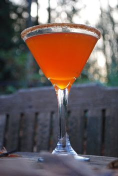 Thanksgiving cocktail! The Pumpkin Pie-tini!!!