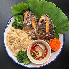 Image may contain: food Thai Recipes, Clean Recipes, Healthy Recipes, Healthy Foods, Authentic Thai Food, Tasty Thai, Food Club, Thai Restaurant, Dessert Recipes
