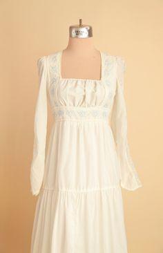 Jessica McClintock Boho Dress Bohemian Wedding Dress by Ragavon Bridal Gowns, Wedding Dresses, Jessica Mcclintock, Fairy Dress, Trendy Dresses, Vintage Dresses, 1960s Dresses, Boho Dress, White Dress