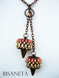 Bisaneta: PIÑAS #beadwork