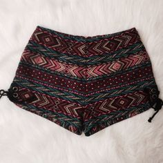 boho shorts boho shorts with side ties and back zip. worn once, size small. ✨ Ecote Shorts