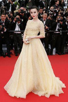 Fan Bingbing. De Elie Saab Couture primavera-verano 2012. Creo que es el único vestido amarillo que me ha gustado en mi vida