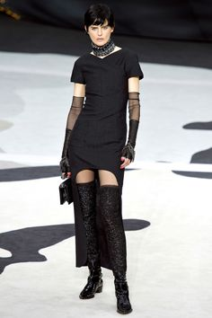 7. Chanel Fall 2013 RTW - Vogue: cut of the dress resembles the cut of men's coats in the Empire period
