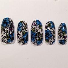 SCRATCH△ × NailSalon AVARICE Now on sale!! Botanical nail wraps was designed by Kayo. #avarice #kayo #art #nails #nailart #design #nailart #nailsalon #nailsalonavarice #nailwrap #goscratchit #botanical (NailSalon AVARICE)