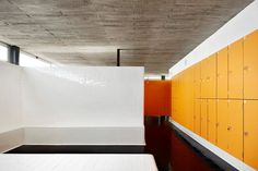 Image 10 of 22 from gallery of Vallpala Sports Centre / Vicente Salvador Arquitecto + Ignacio Vidal Arquitecto. Photograph by José Hevia Sport Hall, Resistance Workout, Planet Fitness Workout, Changing Room, Interior Architecture, Stairs, Exercise, Outdoor Decor, Sport Design