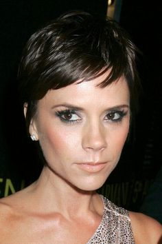 Victoria Beckham hair - would love to do this!!