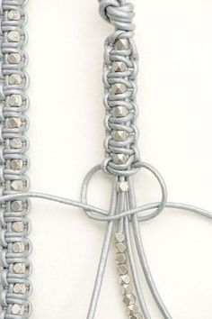 Make Your Own Jewelry Cord Bracelets Diy Accessories Diy Art Hemp Jewelry Diy Jewelry Jewelery Macrame Colar Bracelet Tutorial Diy Bracelets Easy, Macrame Bracelets, Making Bracelets, Macrame Knots, Braclets Diy, Diy Friendship Bracelets Tutorial, Macrame Bracelet Patterns, Knotted Bracelet, Beaded Wrap Bracelets