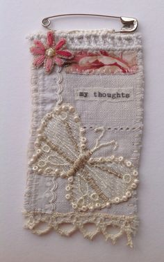 Great idea for left over scraps, would make a cute patch to sew on jeans, top etc. Pin brooch hand made by M Stephens Artist. Textile Jewelry, Fabric Jewelry, Textile Art, Embroidery Stitches, Hand Embroidery, Sewing Crafts, Sewing Projects, Fabric Brooch, Fabric Journals